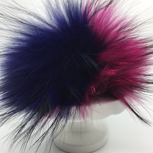 Real fur pom - navy, raspberry