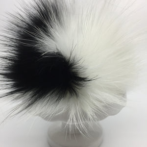 Real fur pom - black, white
