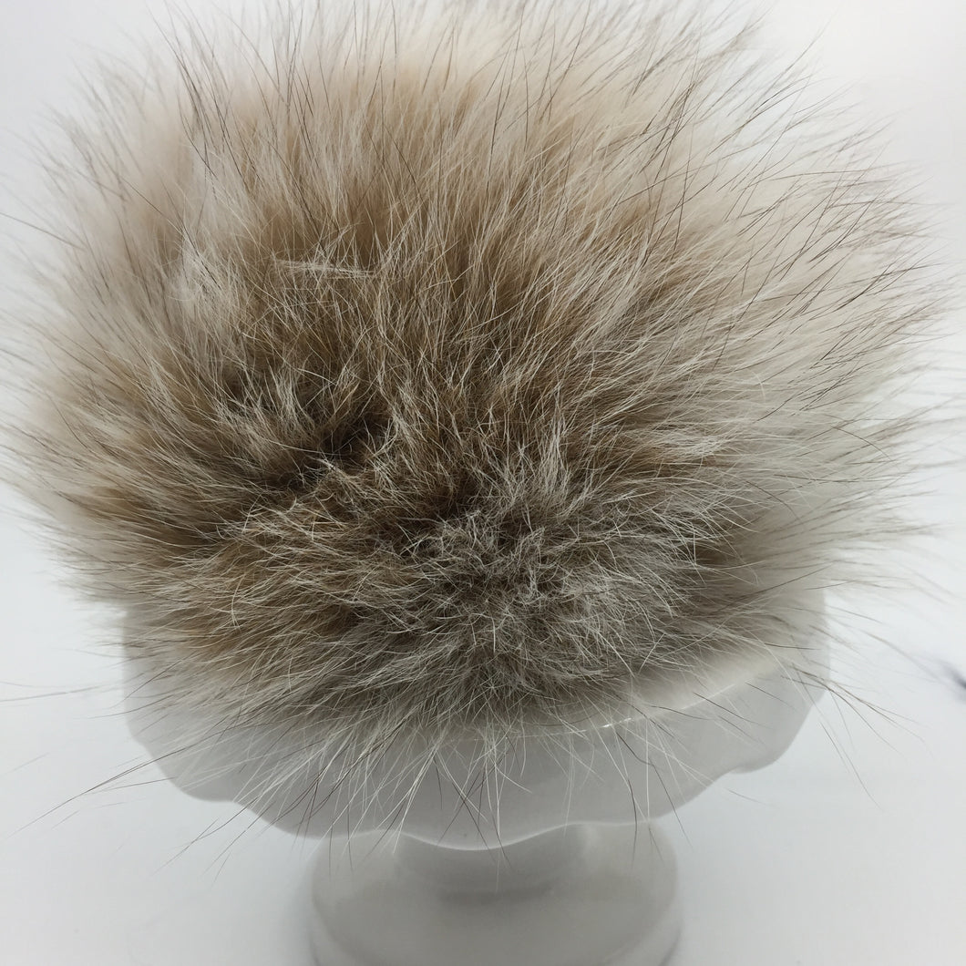 Real fur pom - beige, white
