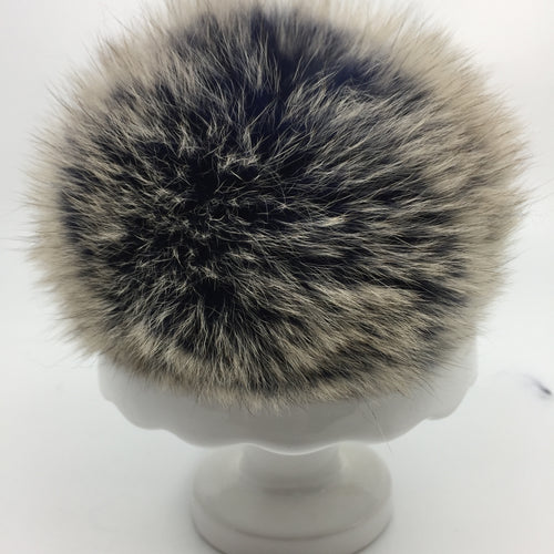 Real fur pom - blue, beige tips