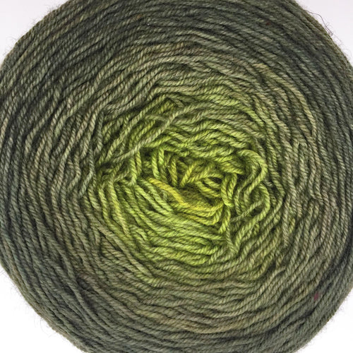 Gold to green to olive - 605 yards