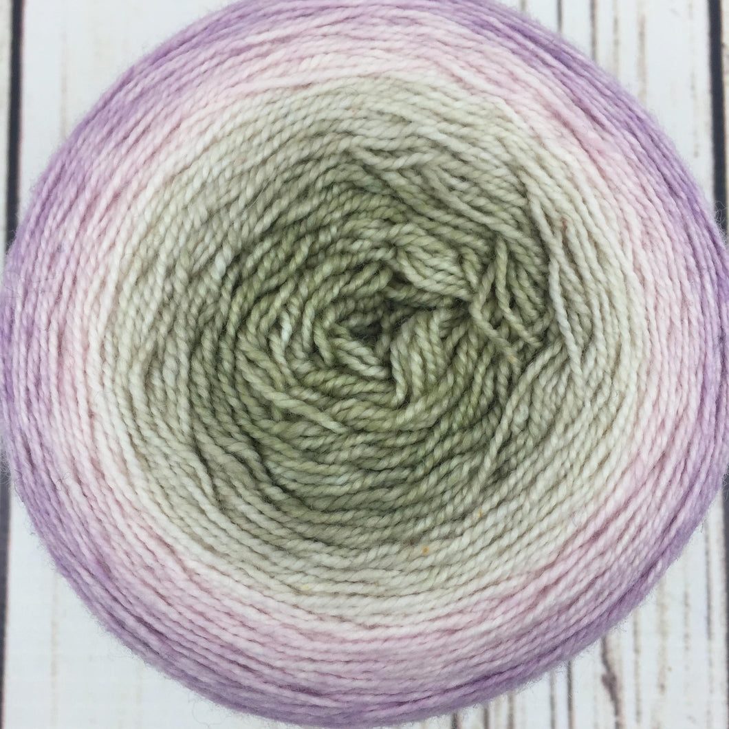 Taupe to lavender gradient cake - 784 yards