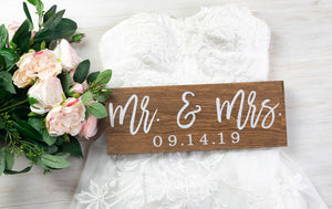Mr and Mrs sign with Wedding Date