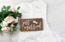 Load image into Gallery viewer, Just Married Sign with Hearts