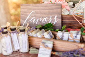 Wedding Favors Sign