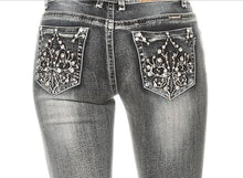 Load image into Gallery viewer, Fleur-de-lis Rhinestone Jeans