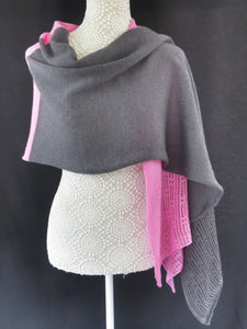 Duo Colour Lace Edge Wrap - Grey / Pink