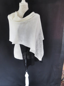 Duo Colour Lace Edge Wrap - Cream / Black