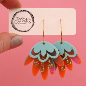 Blooming Delight Hoop Earrings 'Resin Colour 8' - Timber & Cotton