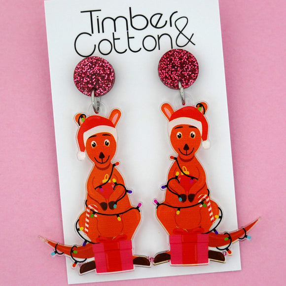 Christmas Kangaroo Dangle Earring - Timber & Cotton