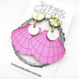Clam Shell & Pearl Dangles- Pink Mirror