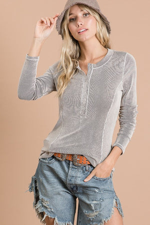 Gray Ribbed Snap Button Top