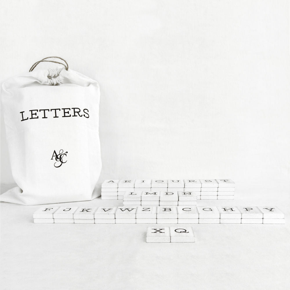 Letter Bags - 70 Pieces, Newspaper Font, Black or White