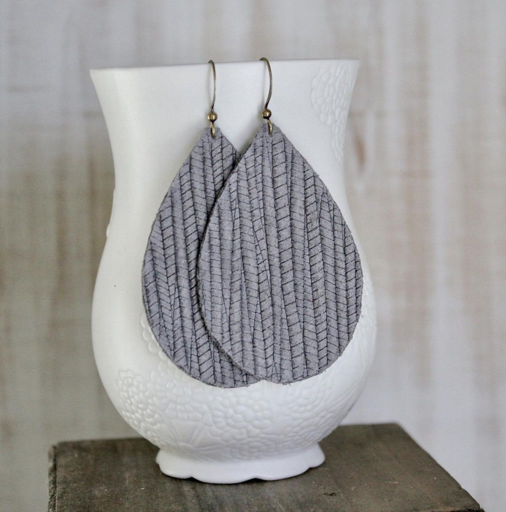 Gray Palm Leaf Pattern Leather Teardrop Earrings