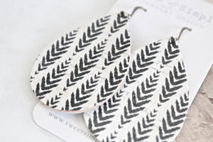 Black & White Chevron Teardrop Earrings