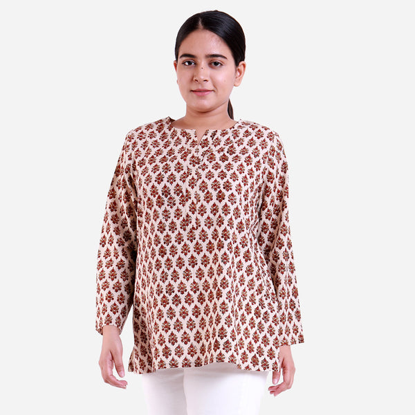 Front View of a Model wearing Bagru Block Printed Relaxed Fit Tunic