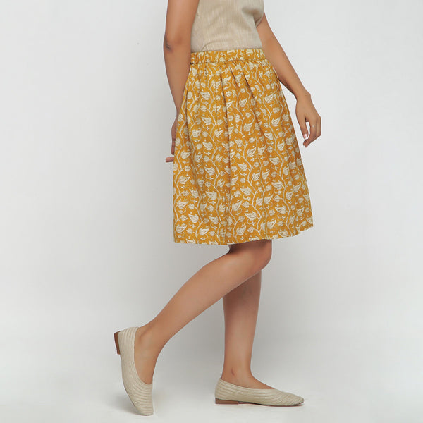 Right View of a Model wearing Bagru Print Mustard Gathered Skirt