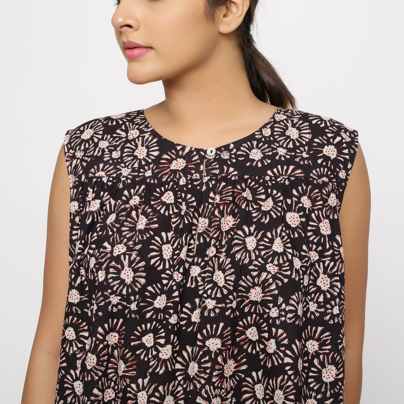 Front Detail of a Model wearing Bagru Floral Print Black Gathered Yoke Top