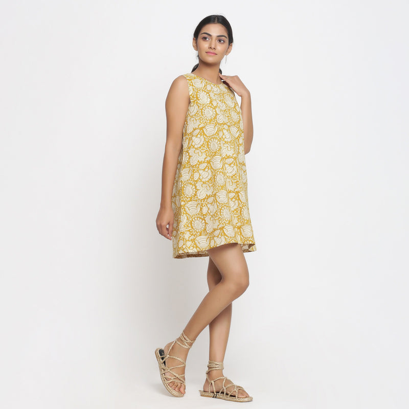Right View of a Model wearing Bagru Print Mustard Shift Dress