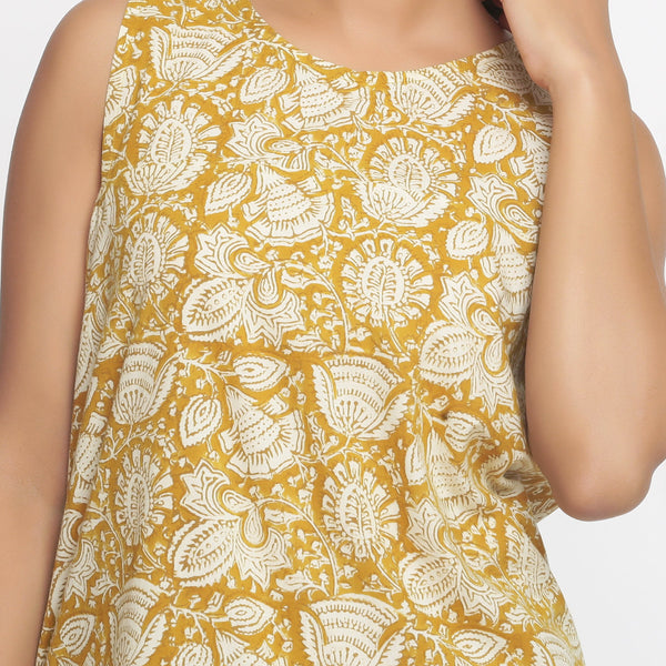Front Detail of a Model wearing Bagru Print Mustard Shift Dress