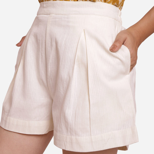Front Detail of a Model wearing Breezy Off-White Striped Mid-Rise Shorts