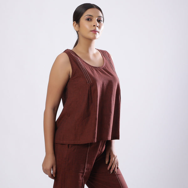 Right View of a Model wearing Brown Mangalgiri Cotton Straight Top