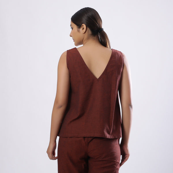 Back View of a Model wearing Brown Mangalgiri Cotton Straight Top
