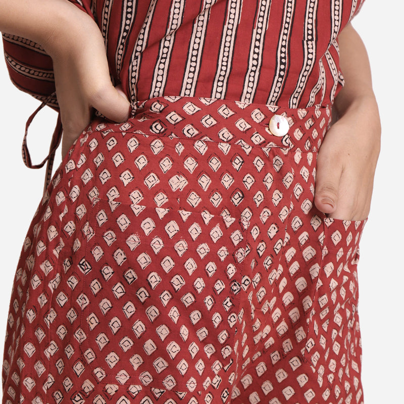 Front Detail of a Model wearing Brick Red Bagru Balloon Top and Pant Set