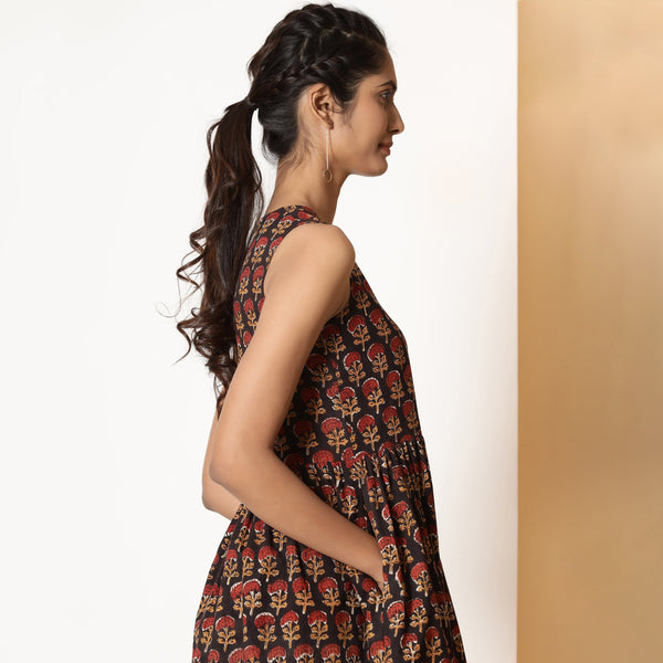 Right View of a Model wearing Floral Bagru Block Printed Gathered Dress
