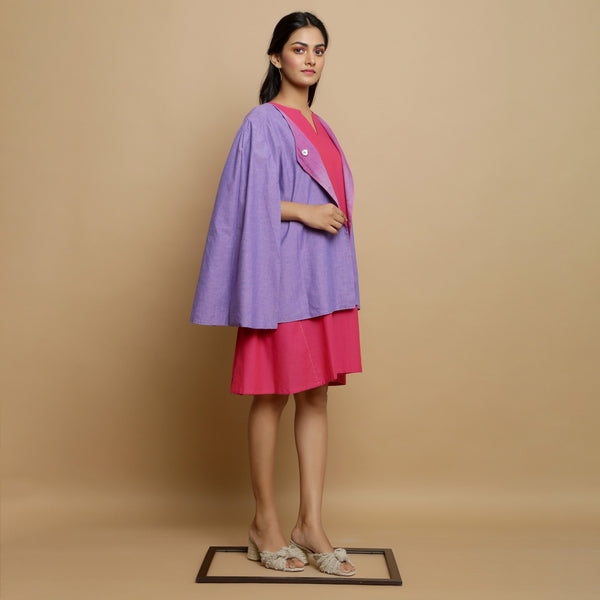 Right View of a Model wearing Mangalgiri Reversible Cotton Cape
