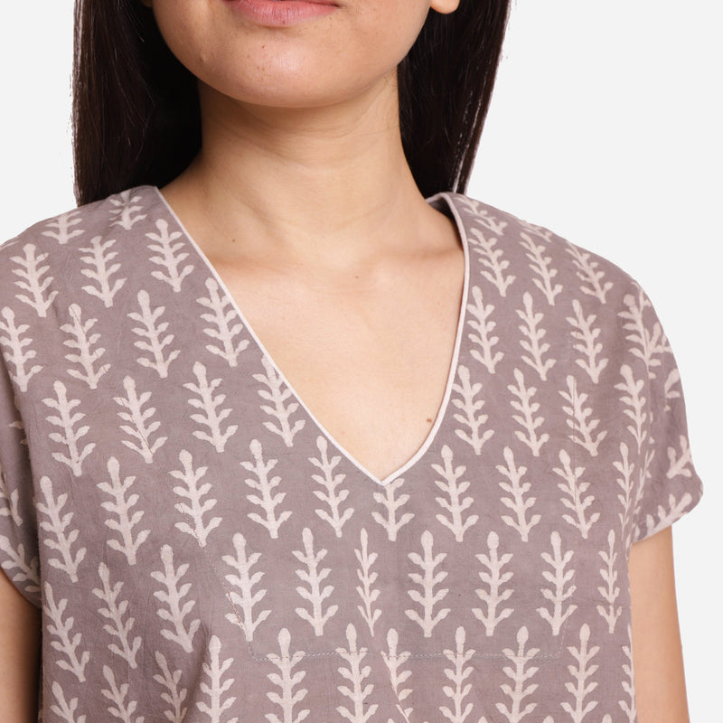 Front Detail of a Model wearing Grey Dabu Block Print V-Neck Crop Top