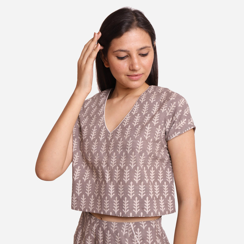 Left View of a Model wearing Grey Dabu Block Print V-Neck Crop Top