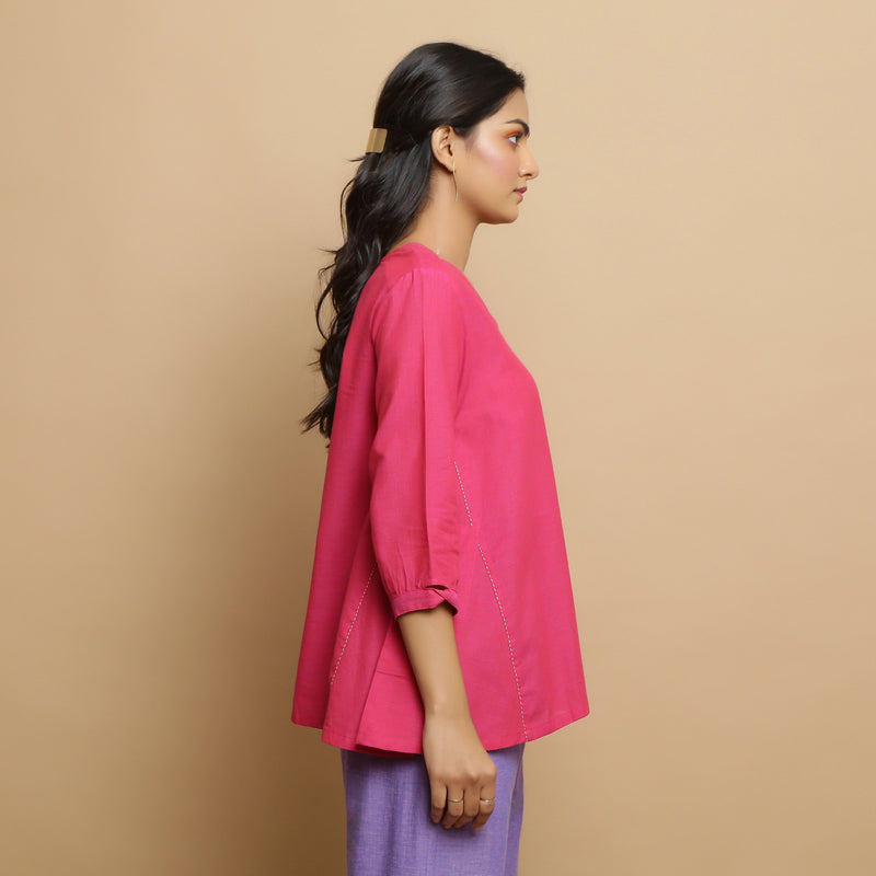 Right View of a Model wearing Magenta Mangalgiri Cotton Flared Top