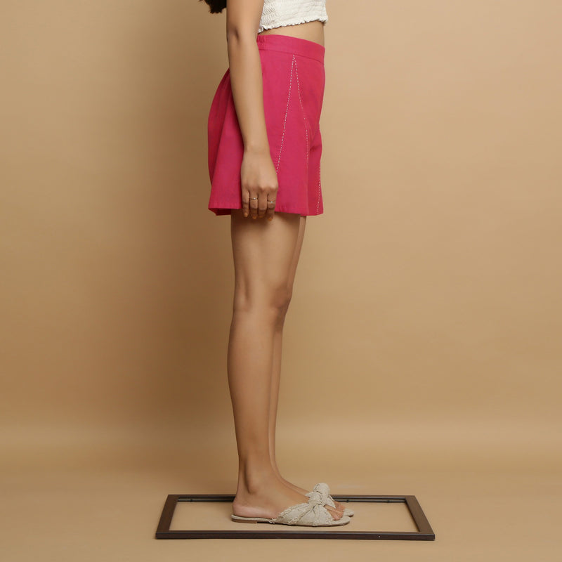 Right View of a Model wearing Magenta Mangalgiri Cotton Mid Rise Shorts