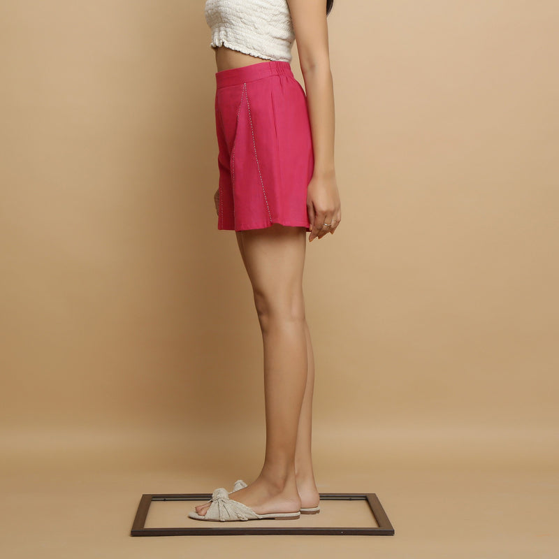 Left View of a Model wearing Magenta Mangalgiri Cotton Mid Rise Shorts