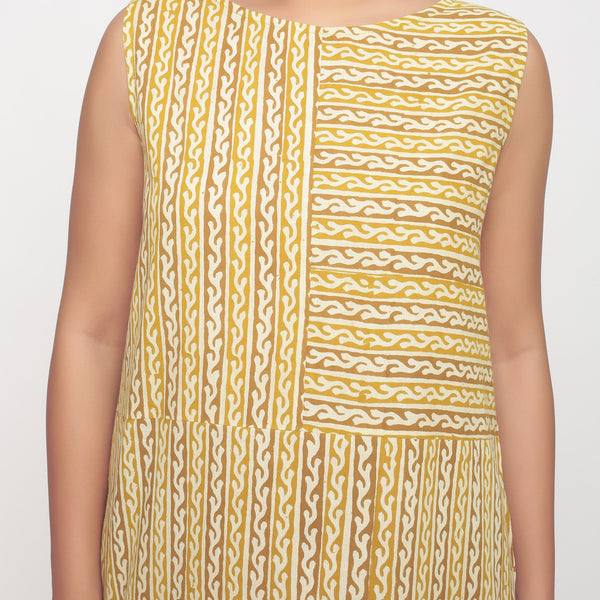 Front Detail of a Model wearing Bagru Block Print Sleeveless Maxi Dress