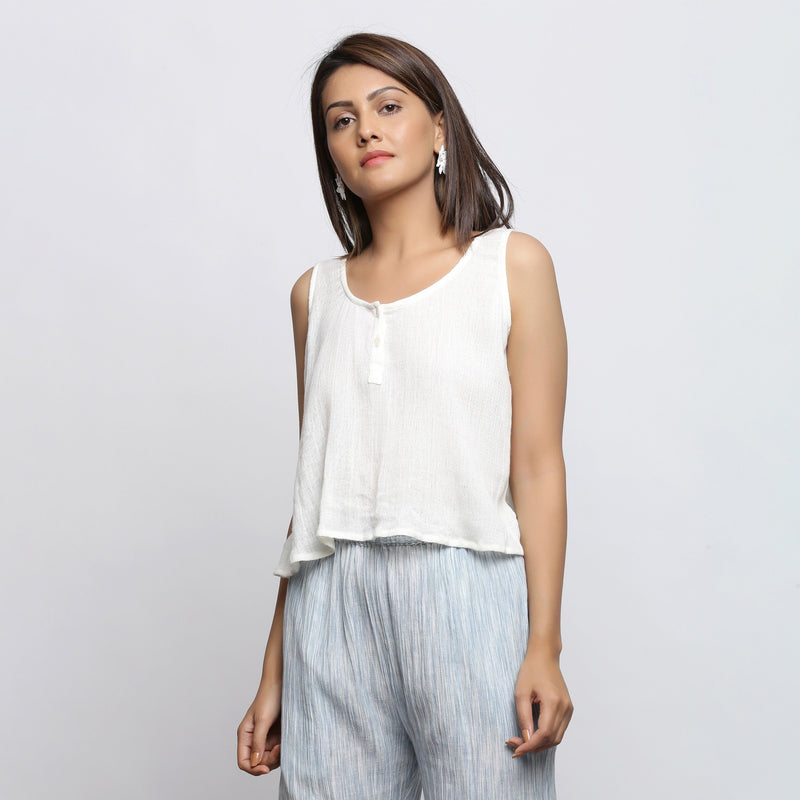Front View of a Model wearing Off-White Crinkled Cotton Straight Top
