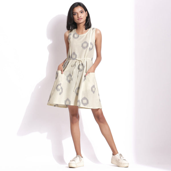 Front View of a Model wearing Off-White Handwoven Ikat Paneled Dress