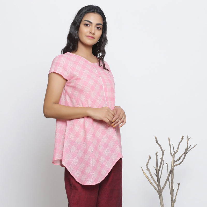 Right View of a Model wearing Powder Pink Checkered Cotton Paneled Top