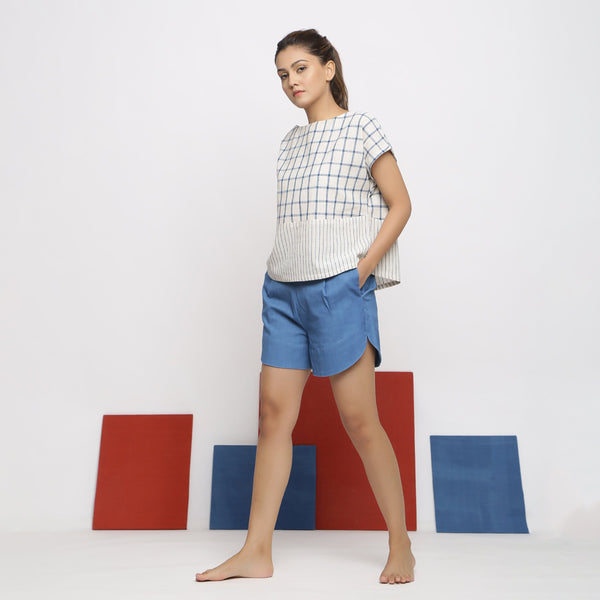 Right View of a Model wearing Vegetable-dyed Checks & Stripes Straight-fit Top