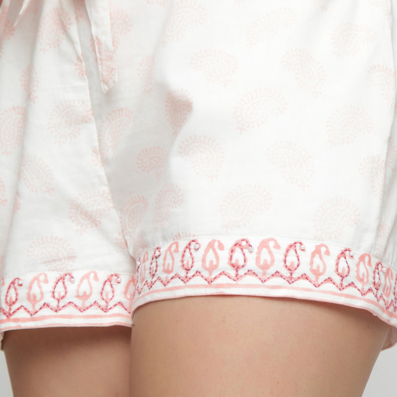 Front Detail of a Model wearing White Mid Rise Paisley Short Shorts