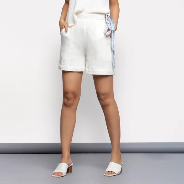Front View of a Model wearing White Short Crinkled Cotton Shorts