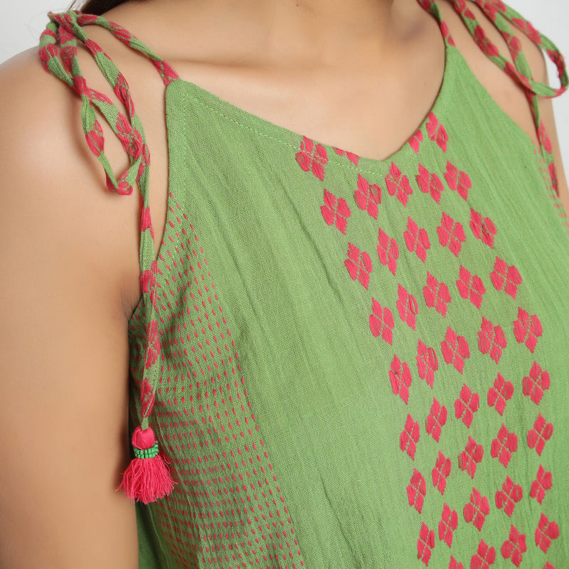 Front Detail of a Model wearing Yarn Dyed Crinkled Cotton Green Crop Top