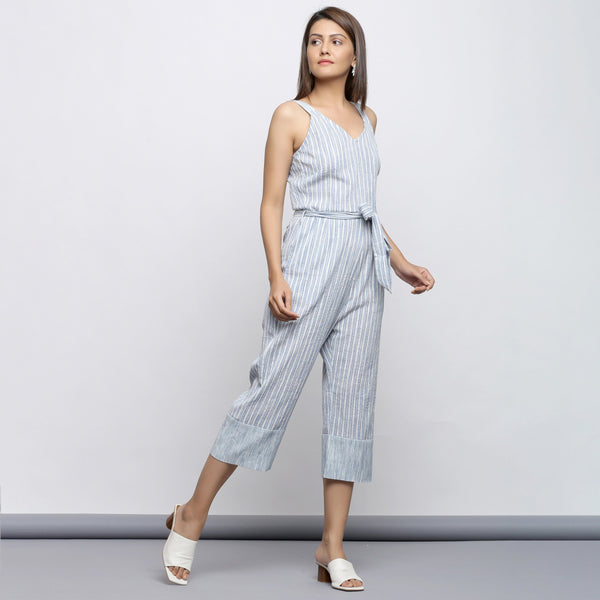 Right View of a Model wearing Yarn Dyed Crinkled Cotton Straight Jumpsuit