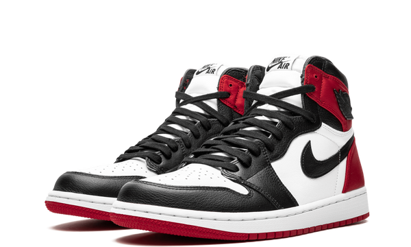 CD0461-016-Nike-Air-Jordan-1-Black-Toe-Satin-WMNS-Sneakers-Heat-2