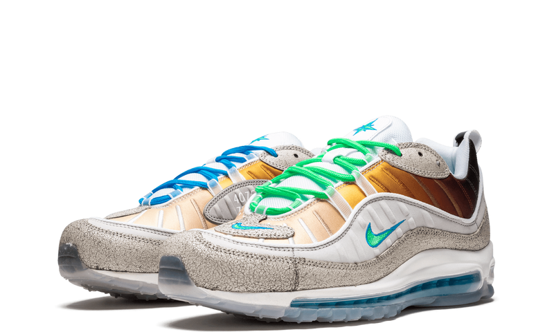 CI1502-001-Nike-Air-Max-98-La-Mezcla-Nike-On-Air-New-York-Sneakers-Heat-3
