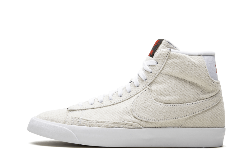 Nike-Blazer-Stranger-Things-Upside-Down-CJ6102-100-Sneakers-Heat-1