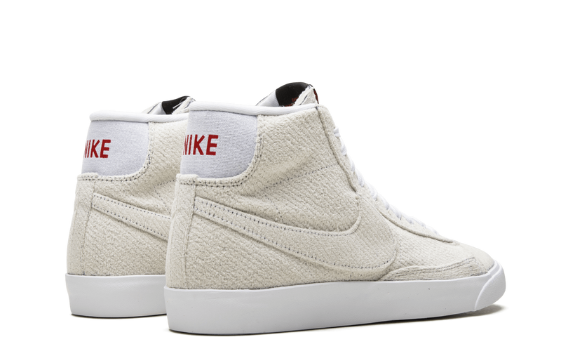 Nike-Blazer-Stranger-Things-Upside-Down-CJ6102-100-Sneakers-Heat-3