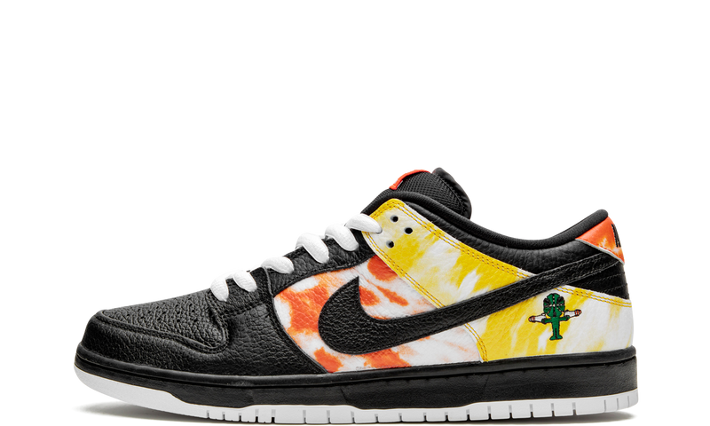 Nike-Dunk-Low-SB-Raygun-Tie-Dye-Black-BQ6832-001-Sneakers-Heat-1