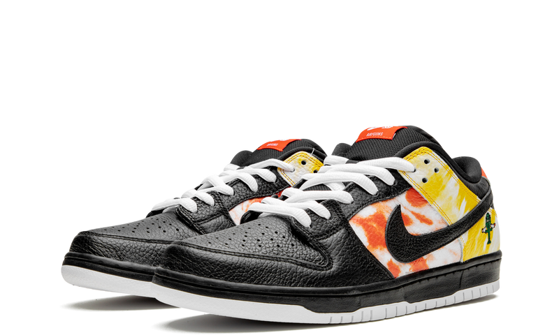 BQ6832-001-Nike-Dunk-Low-SB-Raygun-Tie-Dye-Black-Sneakers-Heat-2